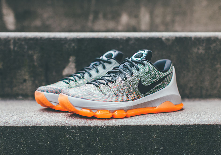 "Nike KD 8 ""Easy Euro"" Releases This Weekend"