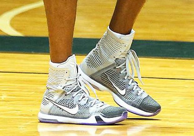 best sneakers 4cd21 d79b6 Kobe s Back And Wearing New Nike Kobe 10 Elite PEs - SneakerNews.com