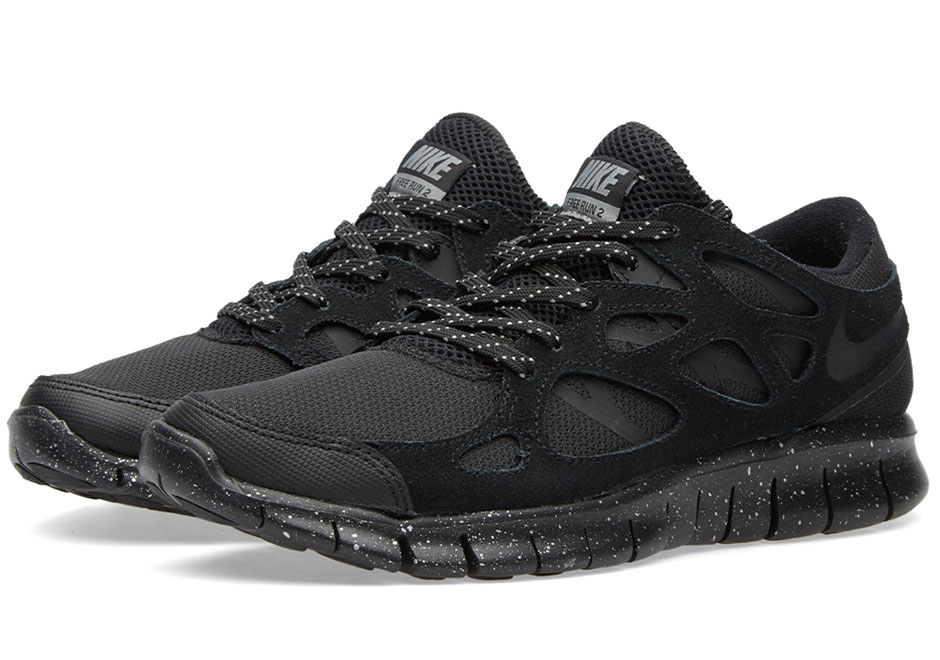 Nike Free Run 2 Premium Oreo | SneakerNews.com