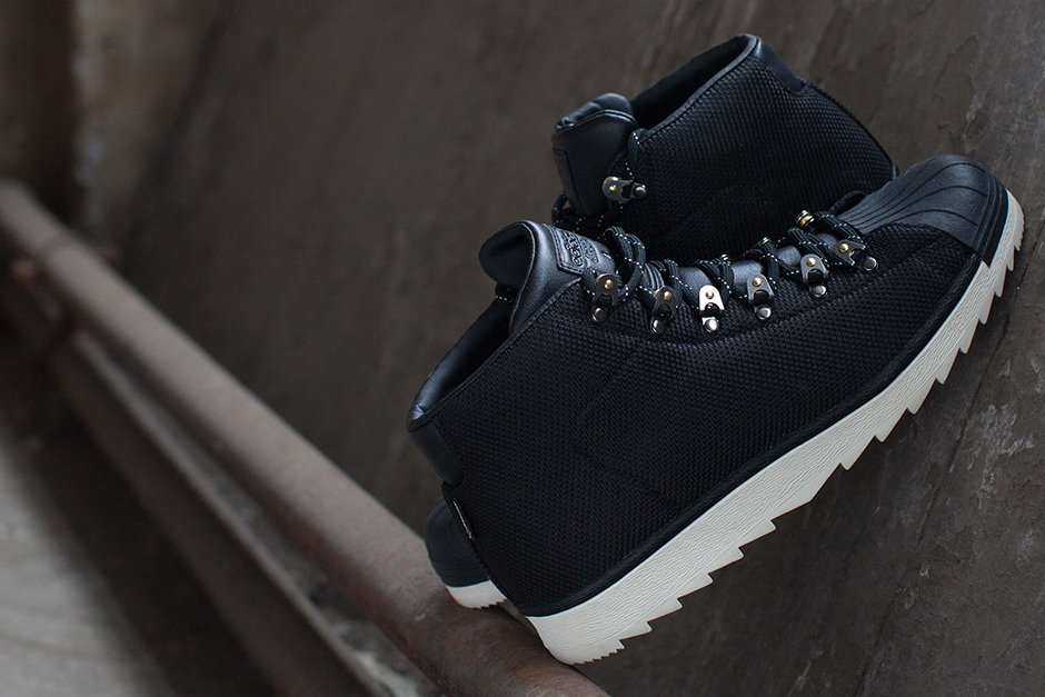 huge selection of ebfe0 74b1d The adidas Pro Model GTX Will Destroy Winter - SneakerNews.c