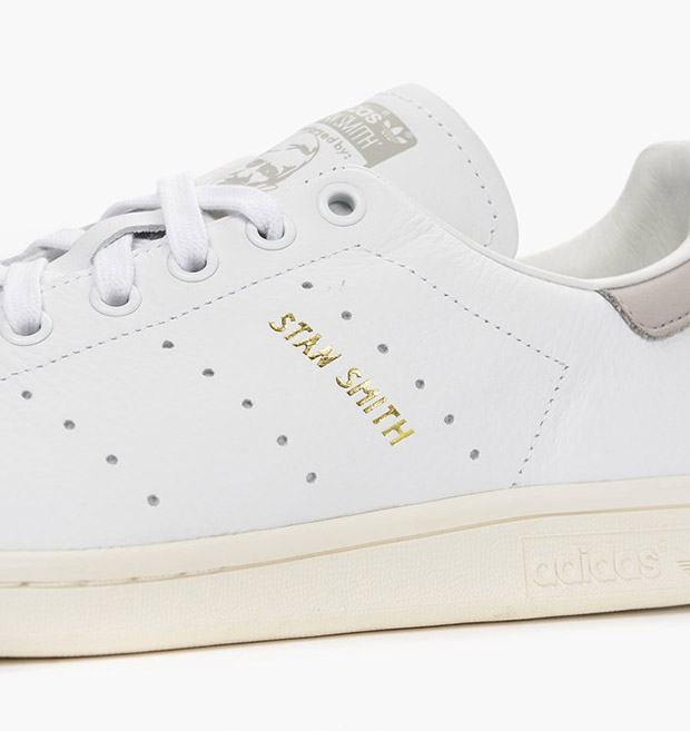 acheter en ligne b13ad 98694 This Latest adidas Stan Smith Gets An Added Vintage Detail ...