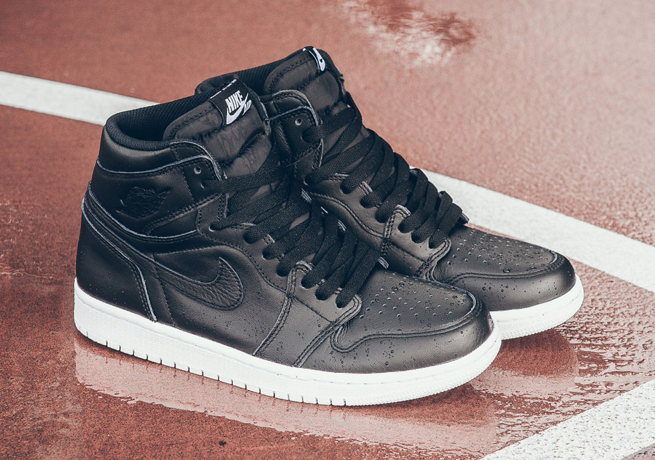 lowest price 71cc1 dfbc1 Air Jordan 1 Cyber Monday 555088-006 | SneakerNews.com