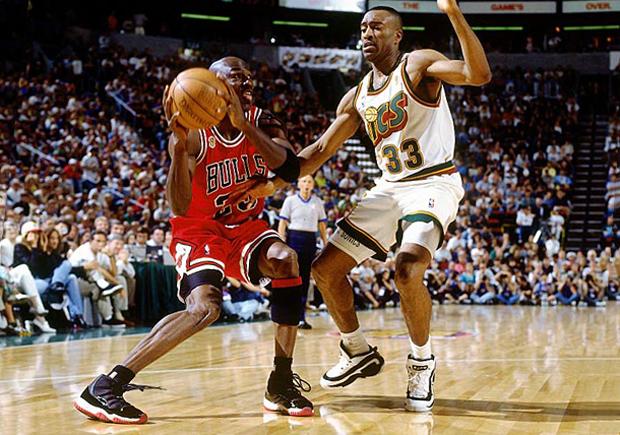 Michael Jordan's Game-Worn NBA Finals Air Jordan 11s From the 72-10 Season - SneakerNews.com