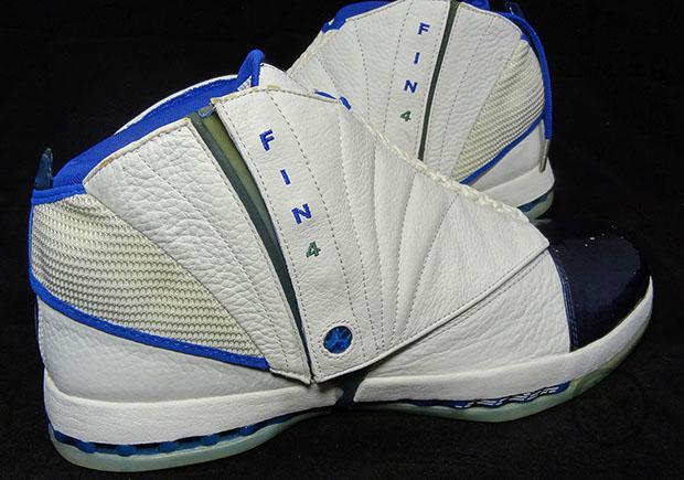 Michael Finley's Air Jordan 16 PE From His Dallas Days