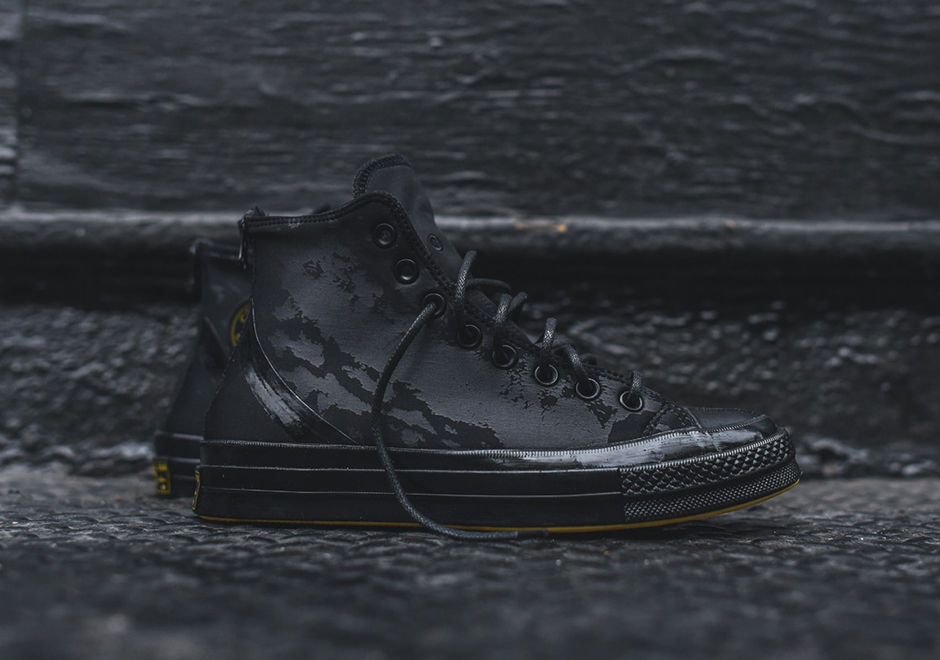 76895dbd3eaaad These Converse Chuck Taylors Are Wetsuits For Your Feet ...