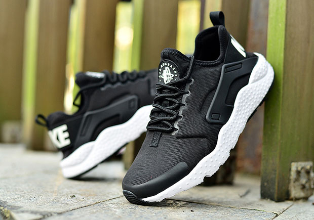Air Huaraches Ultra