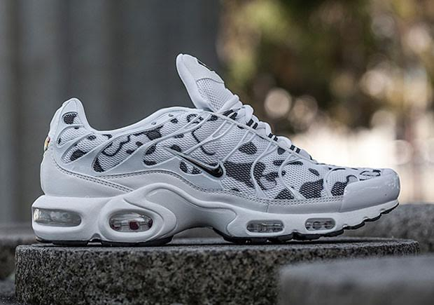 winter ready camo colorways hit the nike air max plus. Black Bedroom Furniture Sets. Home Design Ideas