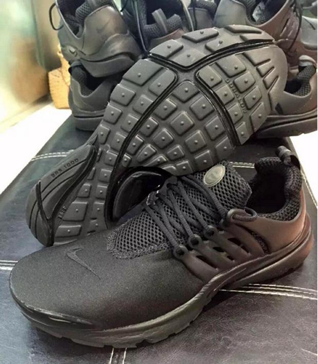 huge discount 0b838 c1a8e Nike Air Presto Triple Black - January 2016   SneakerNews.com