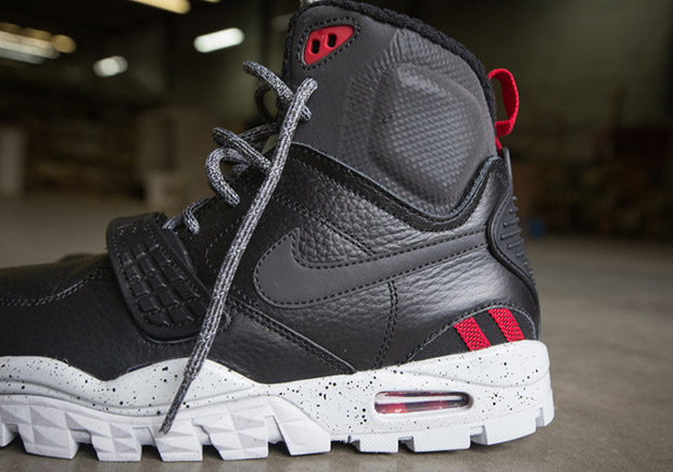 check out 0507f 8f548 Nike Air Trainer SC 2 Sneakerboot