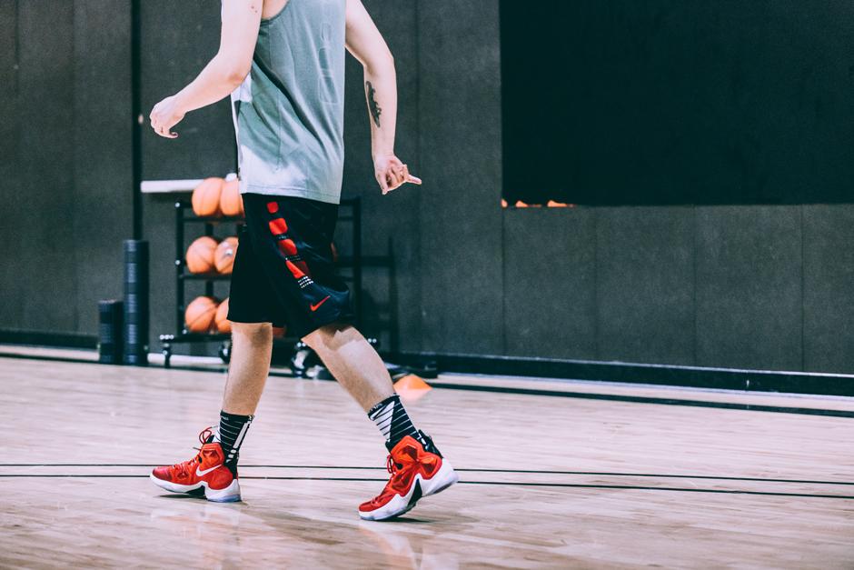 nike-basketball-lebron-13-wear-test-idan-09