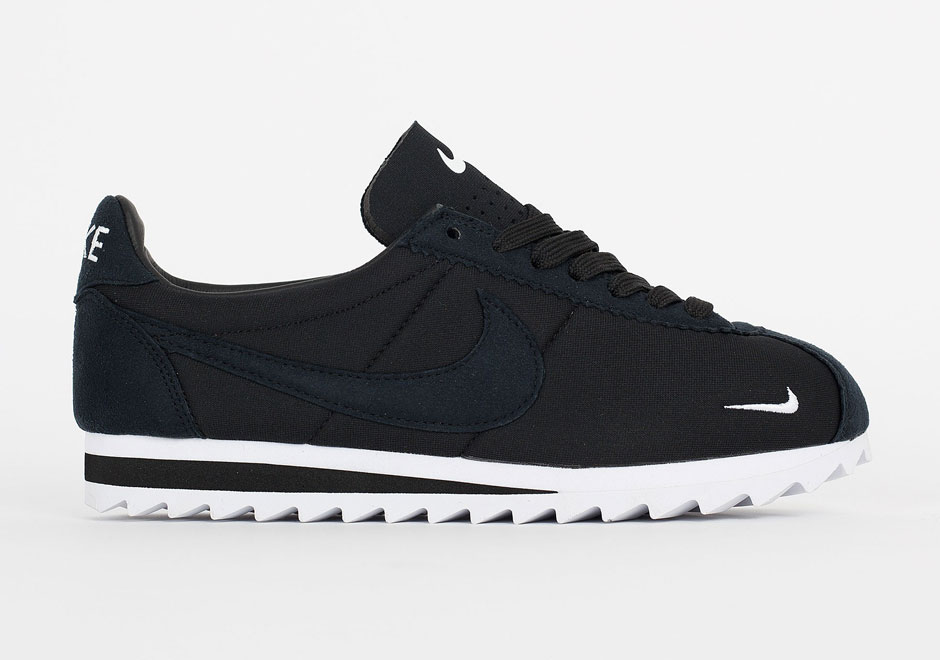 uk availability 090f2 40377 Nike Cortez Shark Low In Black and White - SneakerNews.com