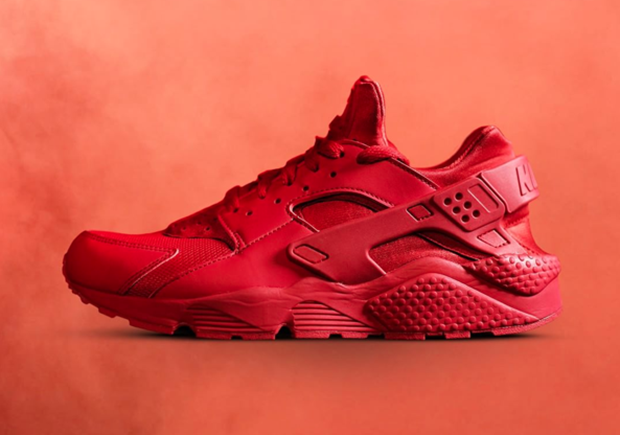 4ca9d2ac2be There s No Shortage Of All-Red Nike Sneakers For Christmas ...