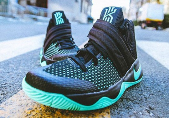 "A Detailed Look At The Nike Kyrie 2 ""Green Glow"""