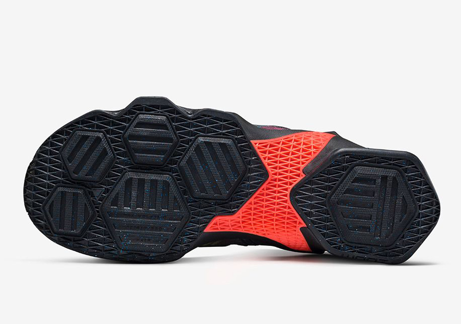 newest collection 0c0cb 86264 Nike LeBron 13