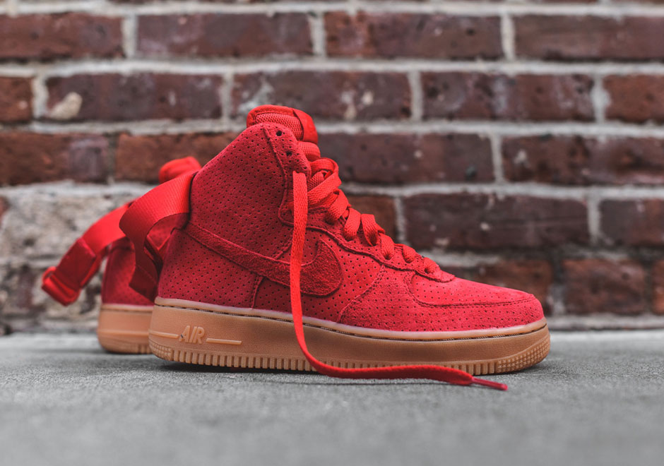 Nike Air Force 1 Faible 5s Rouges Universitaires En Daim faux à vendre parfait eastbay original rabais kpmt2BHRS2