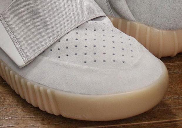 Yeezy 350v2 Beluga Size 12 men's shoes City of Toronto