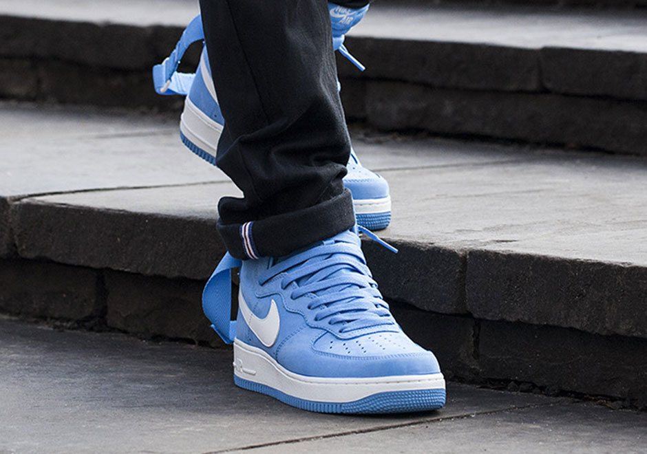 Nike Air Force 1 Haute Bleu Universitaire