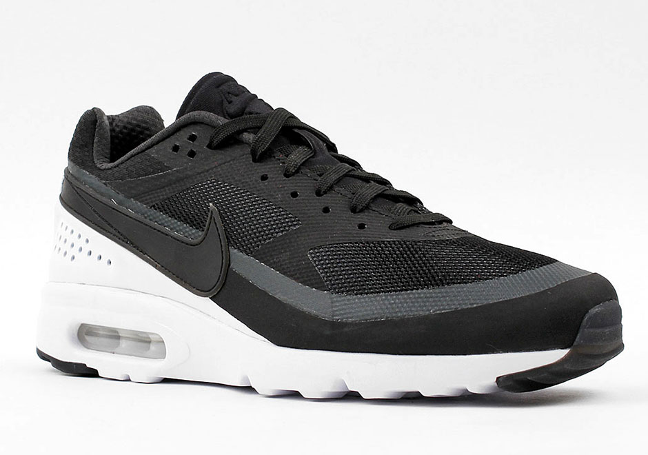 chaussures de sport 546c2 aa949 The Nike Air Classic BW Ultra Is Releasing In 2016 ...