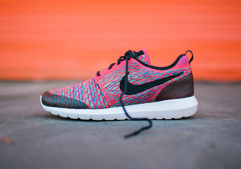 Nike Roshe Couleurs Vives