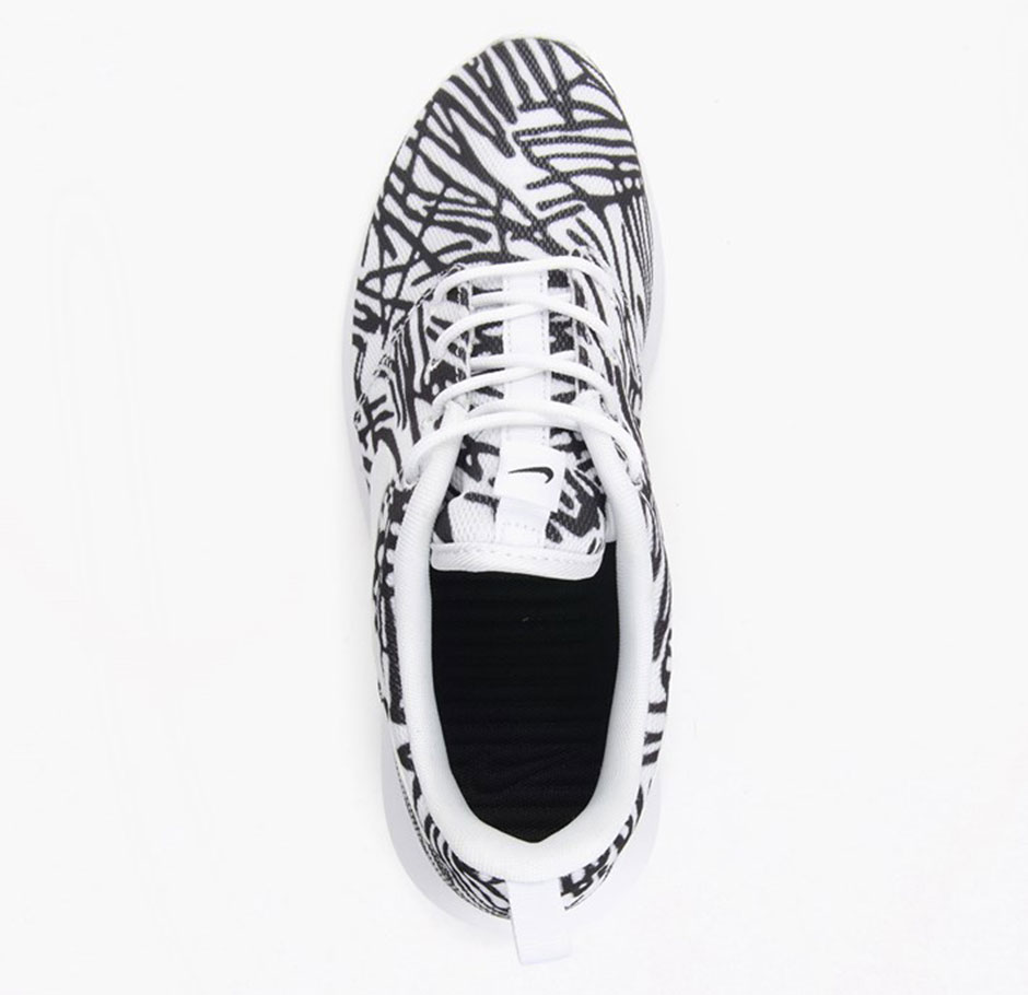 size 40 fad11 8fa68 Wild Prints Matched With Black And White For The Nike Roshe Run 85%OFF