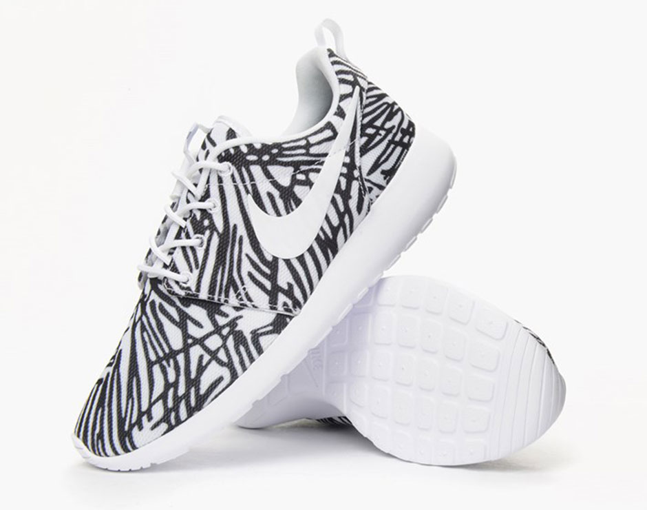 hot sale online 2846d 1a638 Women s Nike Roshe One Print
