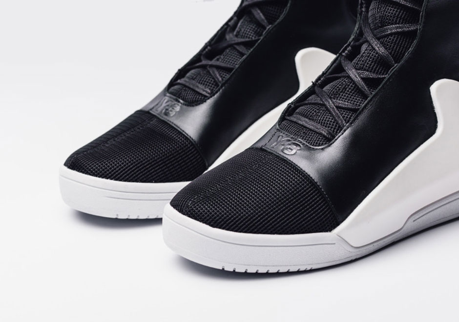 Y-3 Doesnt Need adidas Boost To Get Your Attention - SneakerNews.com 30ce039f3