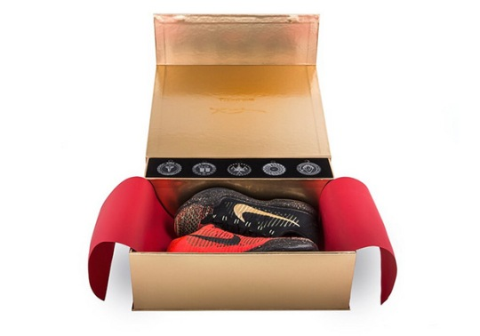 "Nike Vault Has Special Packaging For The Upcoming Kobe 10 Elite ""Christmas"""