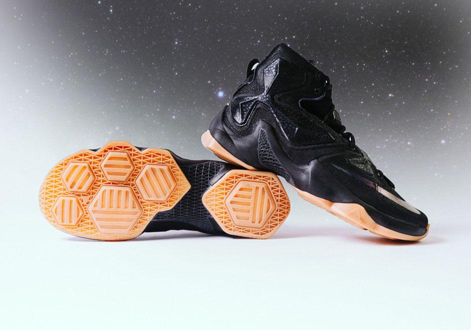 ccd17ab742fbb Nike LeBron 13