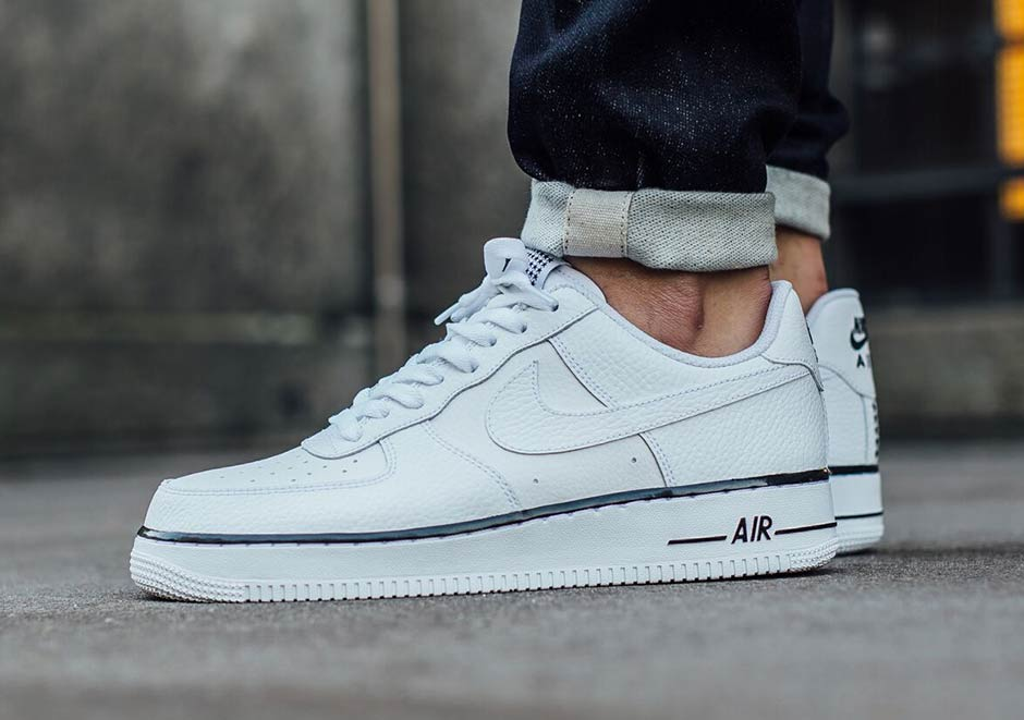 Another Starry Tribute To The Nike Air Force 1 Low - SneakerNews.com 66021920e8