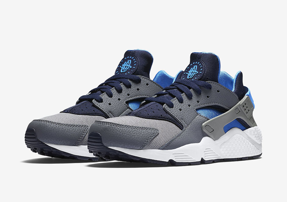 a95e66921ae9 ... italy nike air huarache. color cool grey photo blue midnight navy style  code 318429 044