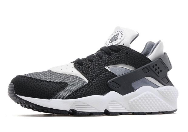 official photos ded0a 583f9 Another Colorless Nike Air Huarache Hits Stores