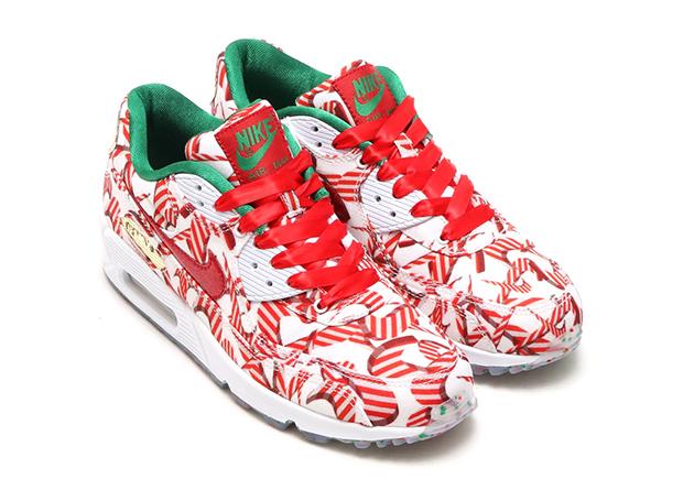 Christmas Shoes Nike.Nike S Own Misplaced Checks Sneaker Is A Christmas Shoe