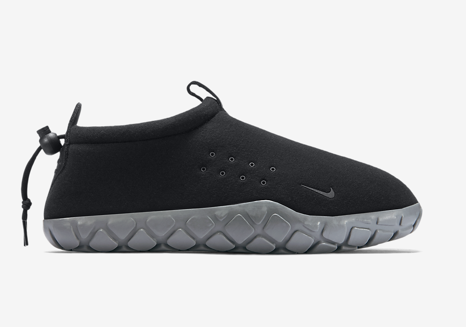 the best attitude acc0a 4ae1a Nike s Classic Air Moc Gets Built With Tech Fleece - SneakerNews.com