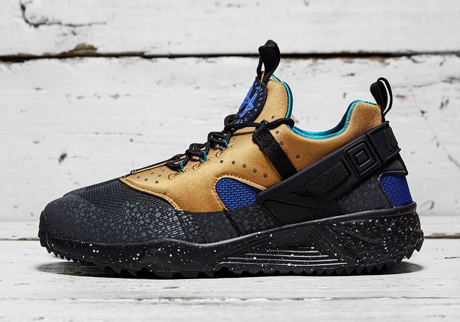 first rate 21f2f 84fec ... greece an acg tribute with the nike air huarache utility 0a1d8 7038f