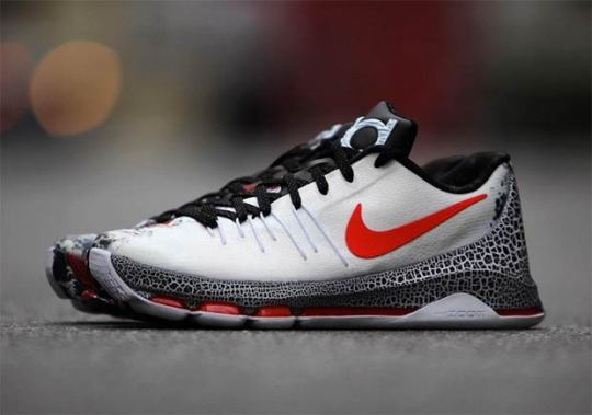 "Kevin Durant Is Not Nice Again With The Nike KD 8 ""Christmas"""