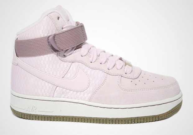 "various colors 80d90 565d0 Nike Air Force 1 High ""Bleached Lilac"""