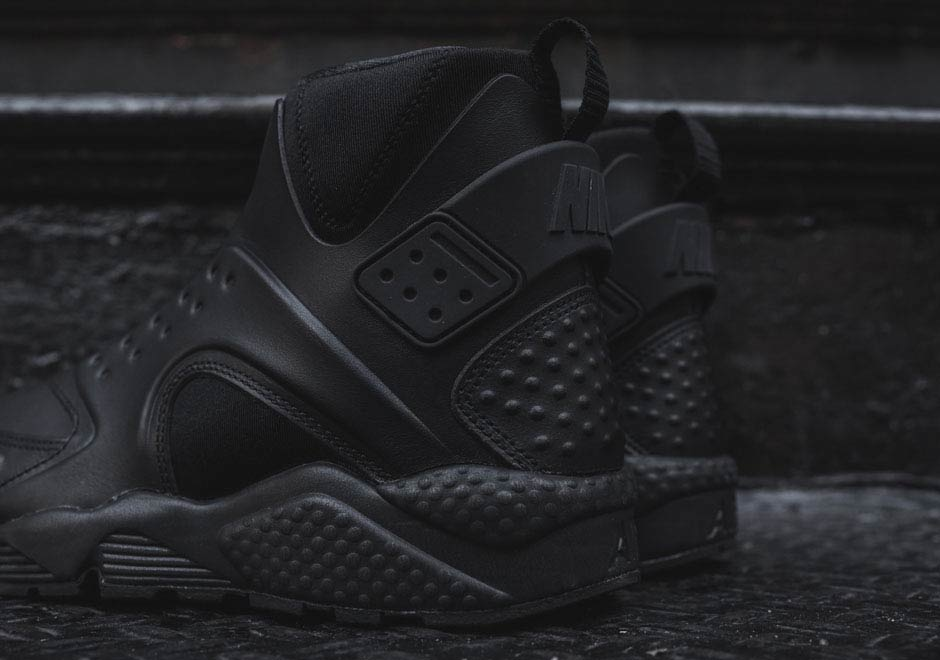 purchase cheap 6b866 6f05d ... spain nikes most outrageous huarache gets the all black look page 2 of  3 sneakernews a123a