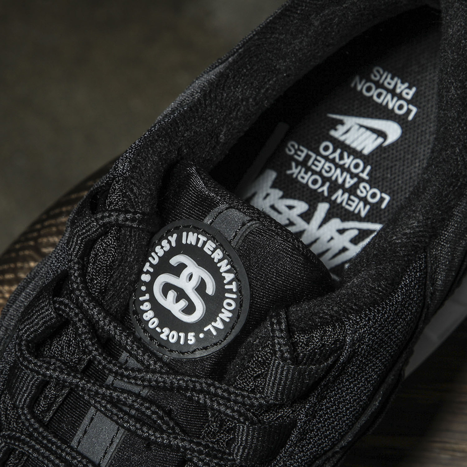 sale retailer c9aae 259fb A Detailed Look At The Stussy x Nike Air Max 95 Collection ...