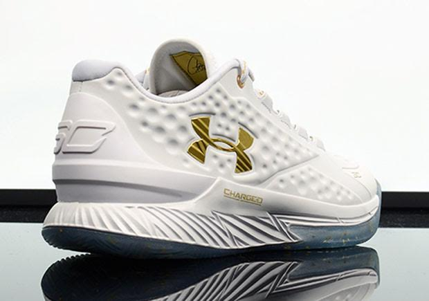 curry lows white and gold