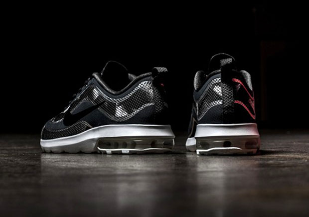6fd0fd8207 Nike Air Max Mercurial R9 | SneakerNews.com