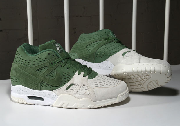 timeless design c0ee7 193d8 Nike Air Trainer 3 LE