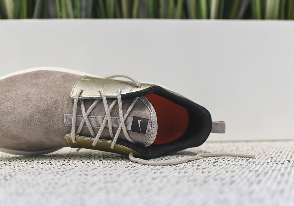 nike roshe run damen gold