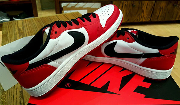 Luft Jordan 1 Lave Chicago Ebay Rubrikk 6TA7p0