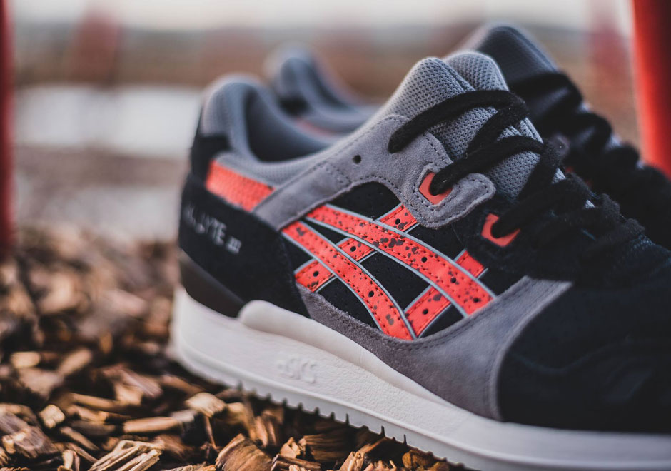 6511aa5e2567 ASICS Brings Speckle Prints To The GEL-Lyte III - SneakerNews.com