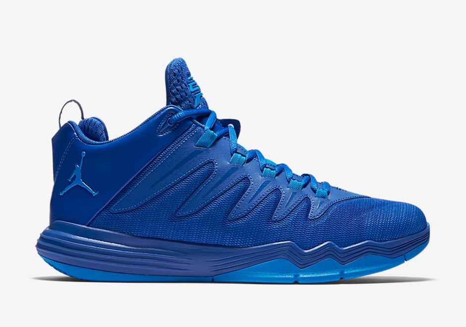 36648d2e4622 Chris Paul s Jordan Signature Shoe Is Going Clippers Blue - SneakerNews.com