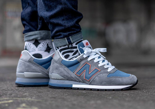 new balance 996 combines grey suede with the knicks. Black Bedroom Furniture Sets. Home Design Ideas