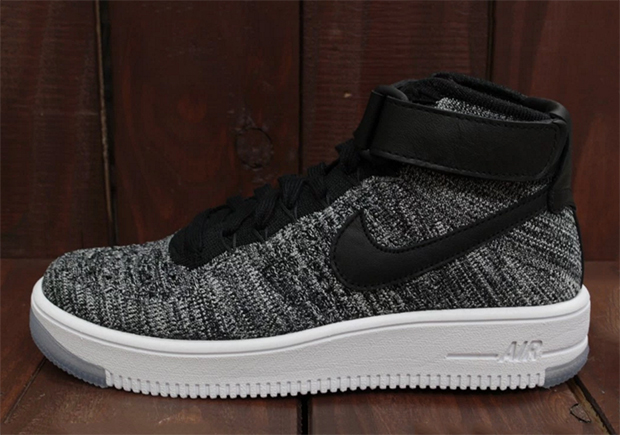 "Fans of the ""Oreo"" colorway originated by the Nike Flyknit Racer can rejoice in the fact that the upcoming Nike Air Force 1 Mid Flyknit will have two ..."