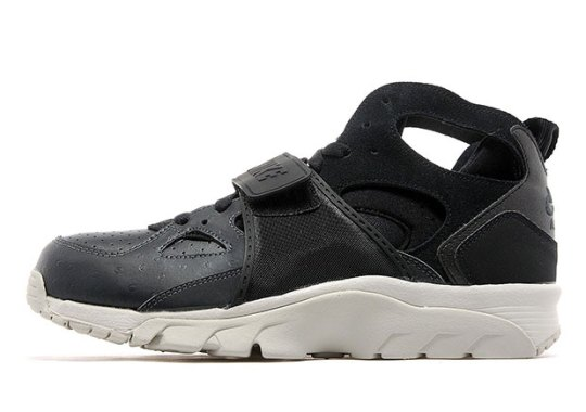 "Nike Air Trainer Huarache ""Ostrich"""