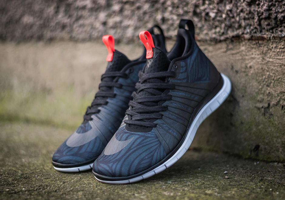 Nike Hypervenom Free 2