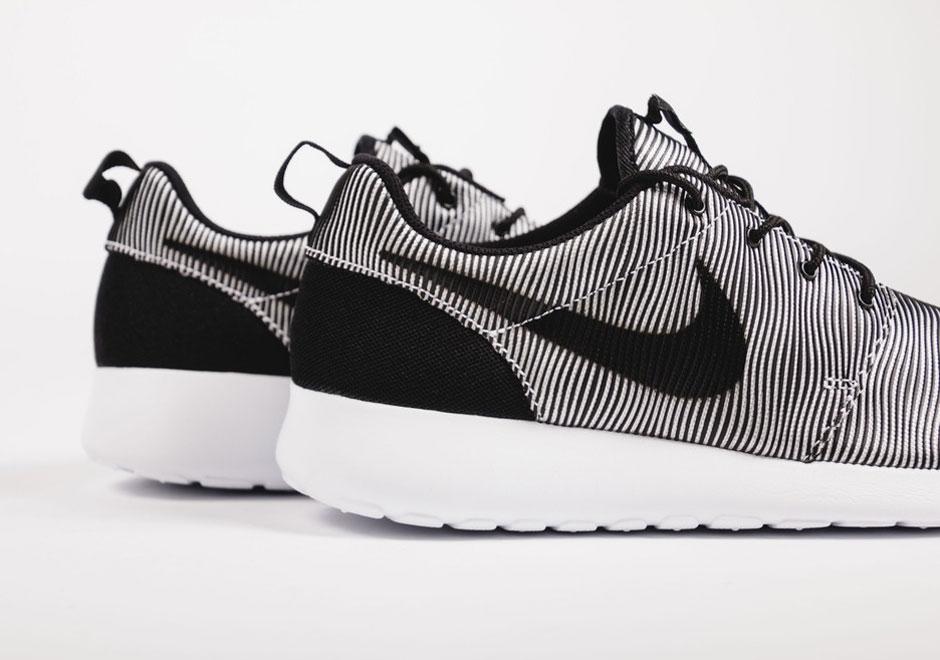nike air max 2 014 d orange - Introducing The Nike Roshe Run Premium Plus - SneakerNews.com